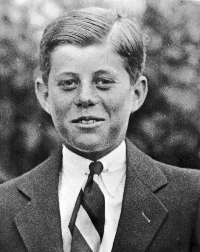ケネディ1927白黒