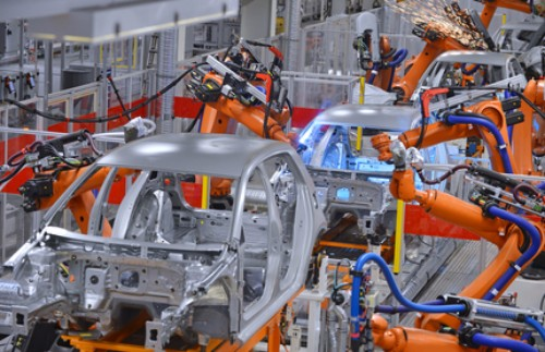 Robots-welding-in-factory.jpg
