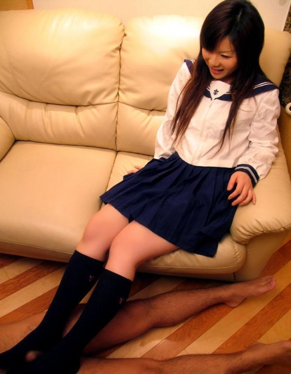 年上お姉さんの足コキ激エロ画像-21