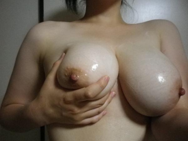 爆乳のエロ画像-24