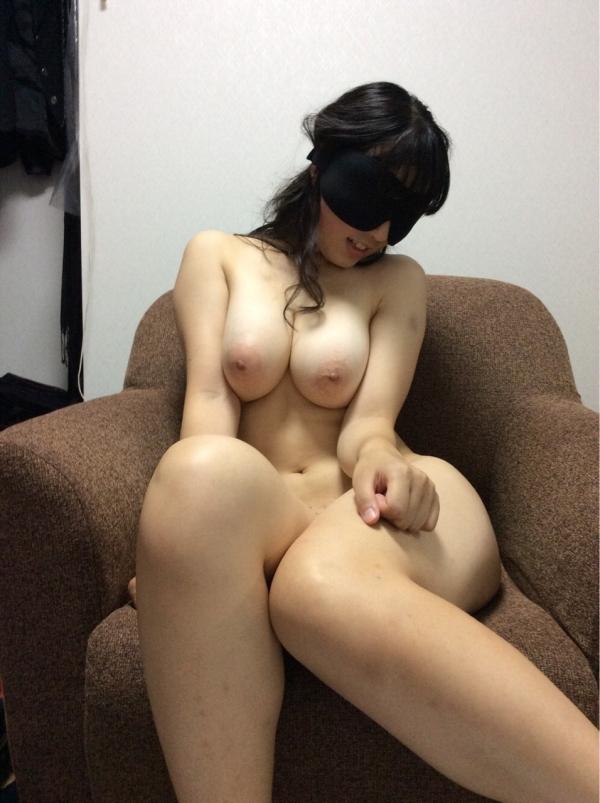 爆乳お姉さんのエロ画像-2