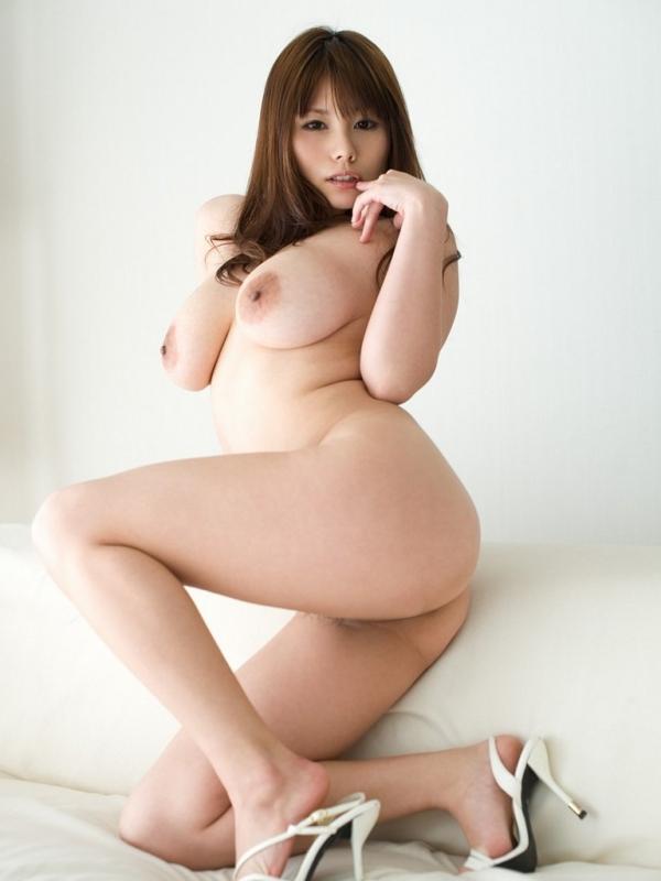 爆乳お姉さんのエロ画像-5
