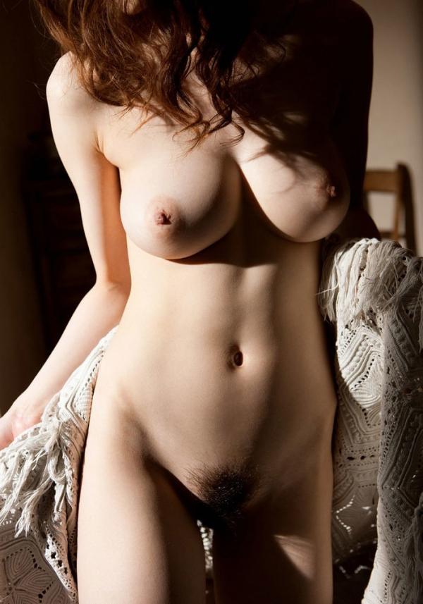 爆乳お姉さんのエロ画像-37