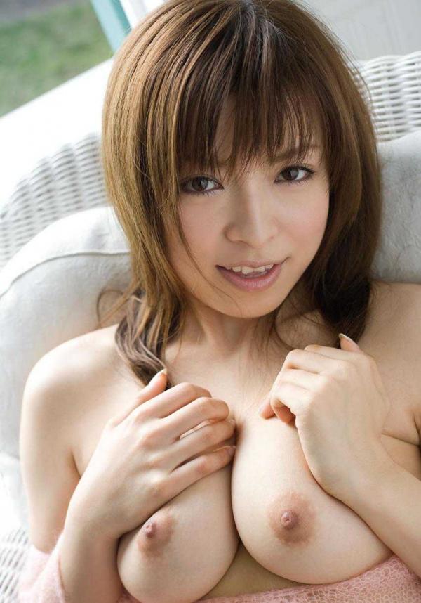 美乳のヌード画像-15