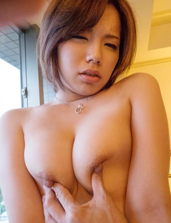 美乳のヌード画像-45