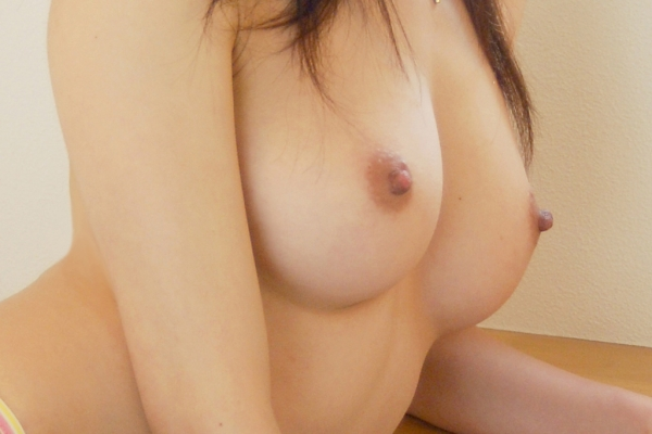 美乳の若妻画像-42