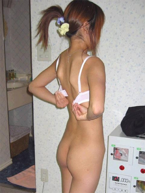 脱衣のエロ画像-16