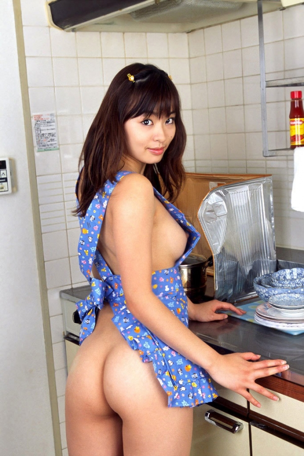彼女のエプロン裸の画像-42