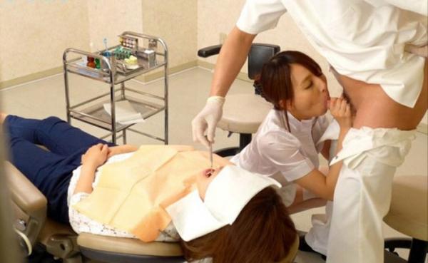 歯科助手のフェラチオ画像-1