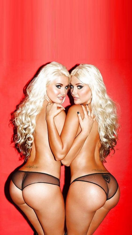 一卵性双生児のヌード画像-86
