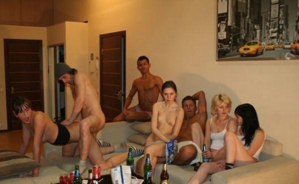 外人の乱交パーティー画像-14