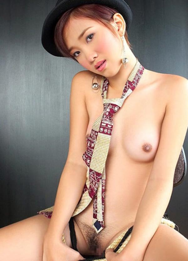 彼女のネクタイ裸画像-9