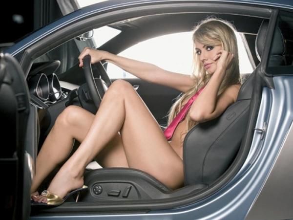 彼女のネクタイ裸画像-64