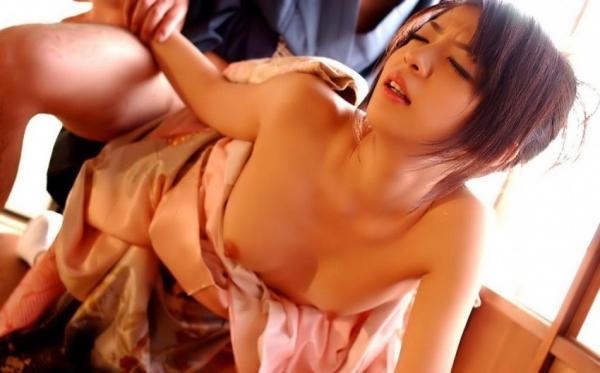 晴れ着のセックス画像
