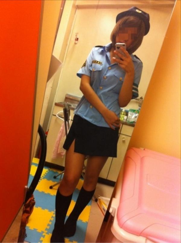 婦人警官のエロ画像-50