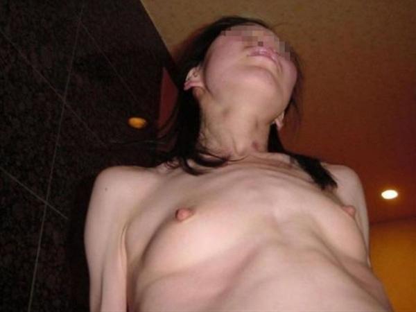 人妻の不倫セックス画像-78