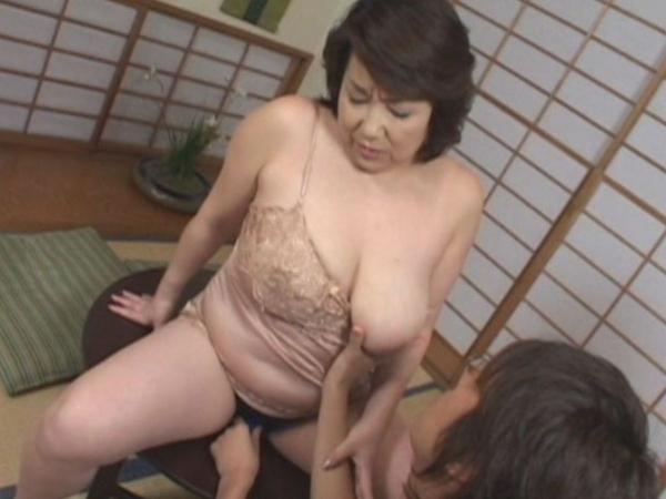 人妻の不倫セックス画像-84
