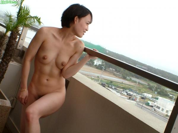 腹筋女子のヌード画像!シックスパンクの裸52連発!