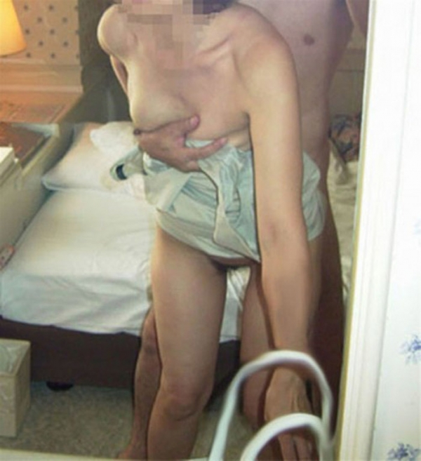 熟女の後背位画像-21