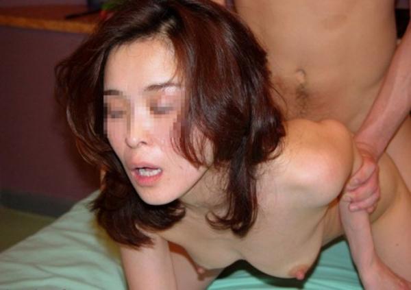美熟女の後背位セックス画像-23