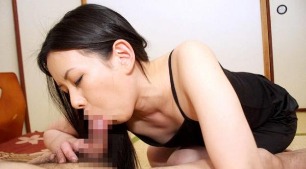 熟女のフェラチオ画像-11