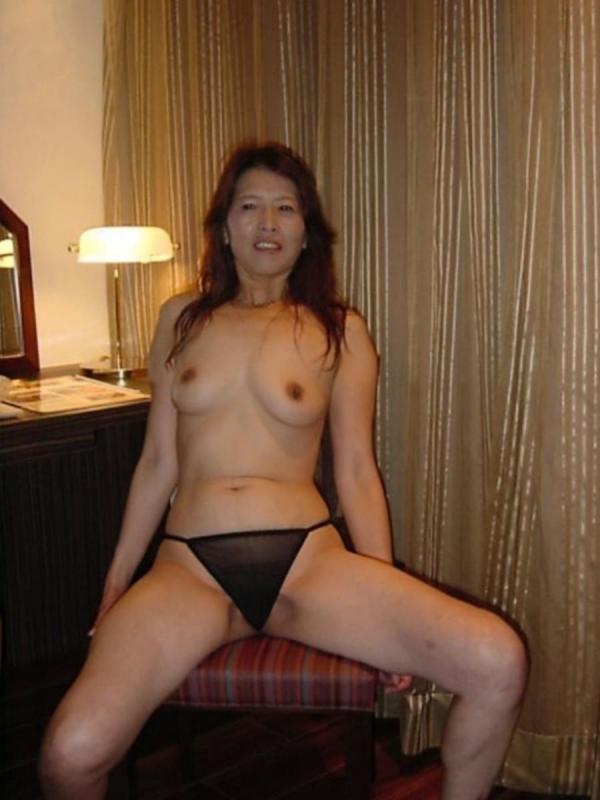 熟女妻の巨乳画像-28