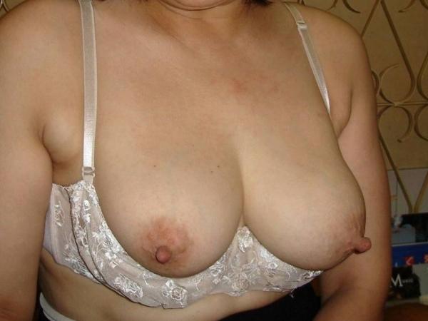 熟女妻の巨乳画像-59