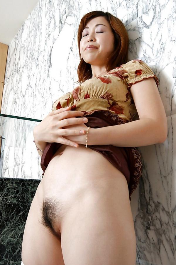 熟女妻のヌード画像-19