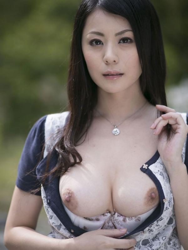 熟女妻のヌード画像-43