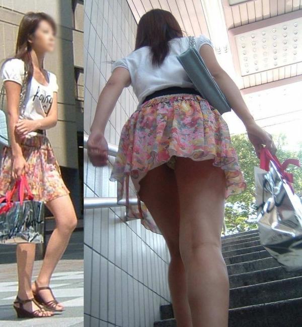 階段パンチラの画像-6