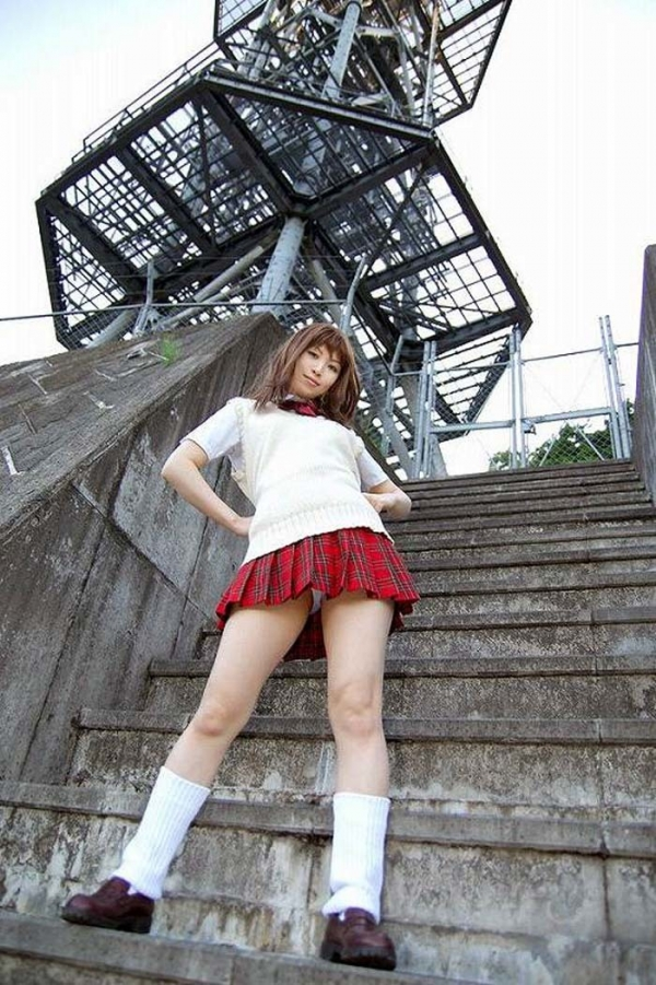 階段パンチラの画像-28