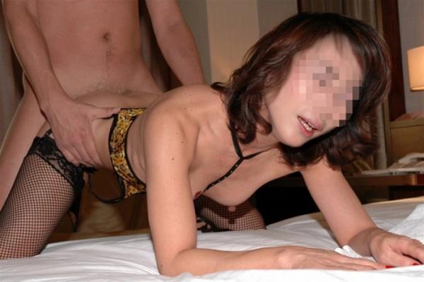 金持ちマダムのハメ撮りセックス画像-51