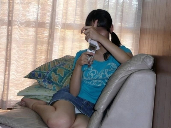 家庭内の盗撮エロ画像-25