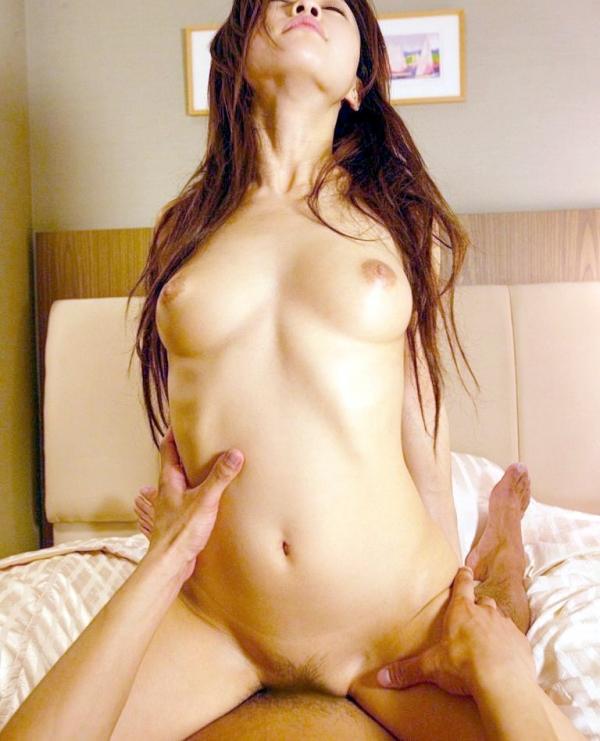 騎乗位セックスの画像-13