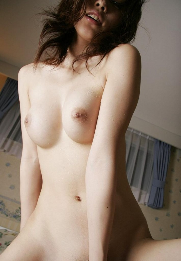 人妻の騎乗位セックス画像-77
