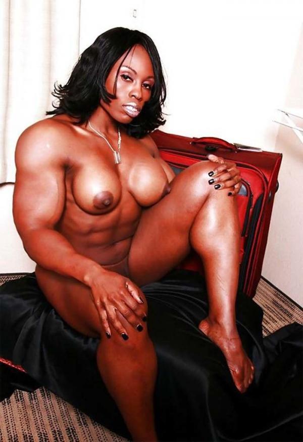 黒人の女性ボディビルダーエロ画像-2