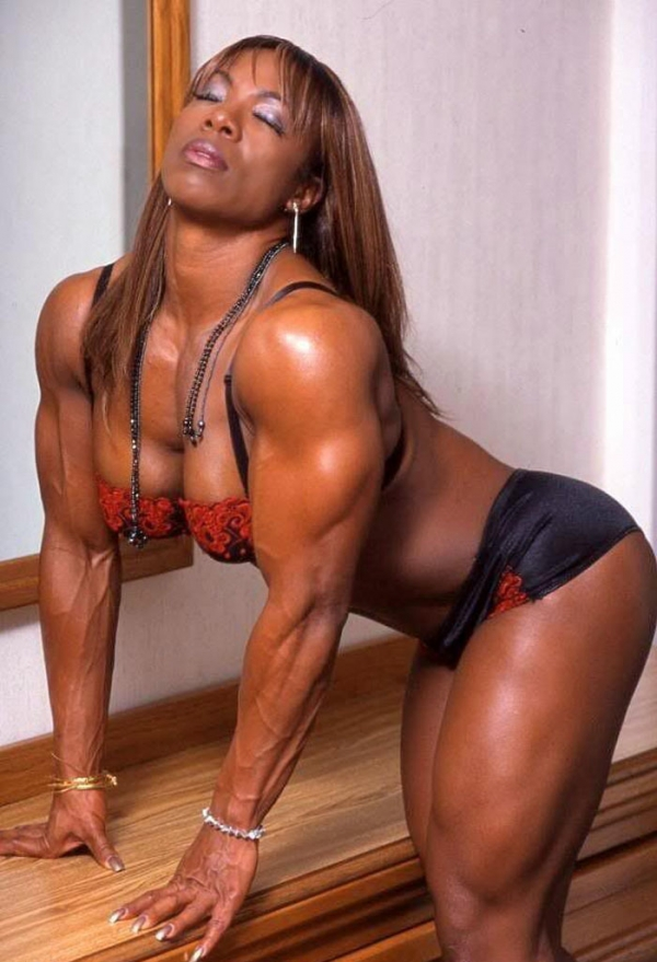 黒人の女性ボディビルダーエロ画像-32