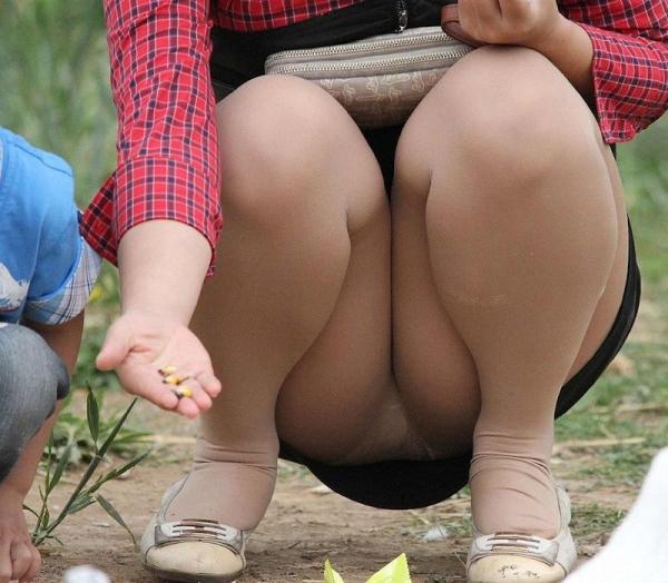 子持ちのパンチラ画像-77