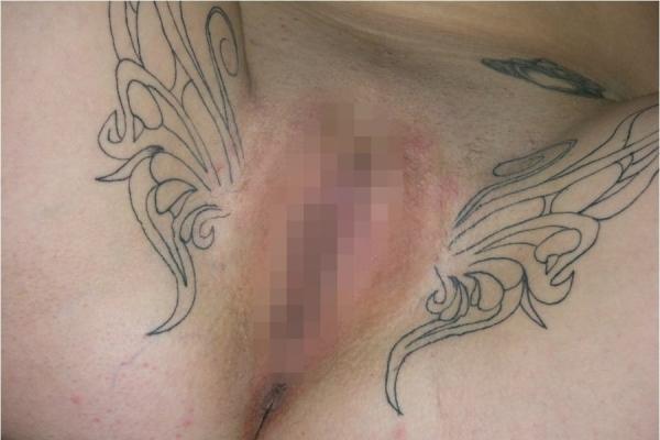 マンコのタトゥー画像-10