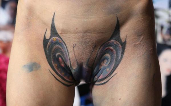 マンコのタトゥー画像