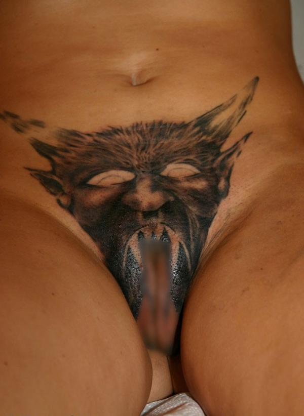 マンコのタトゥー画像-43