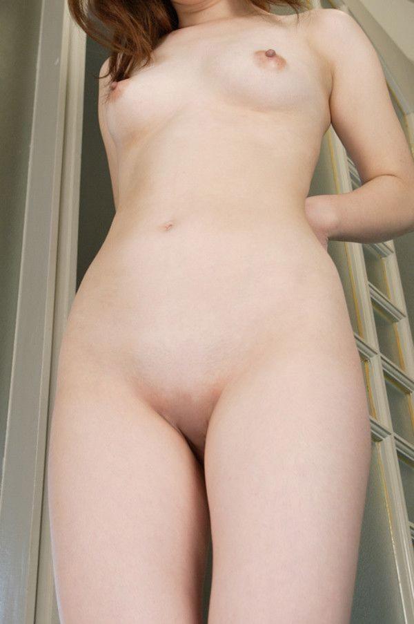 妹の無毛マンコ画像-6