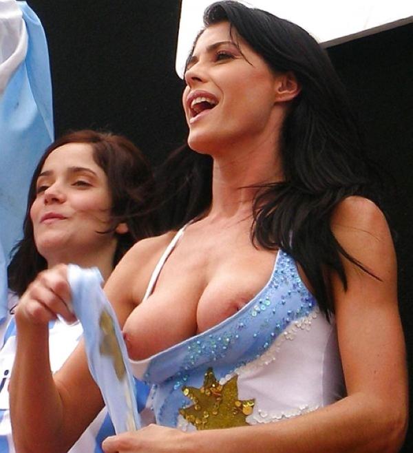 南米のおっぱい画像-28