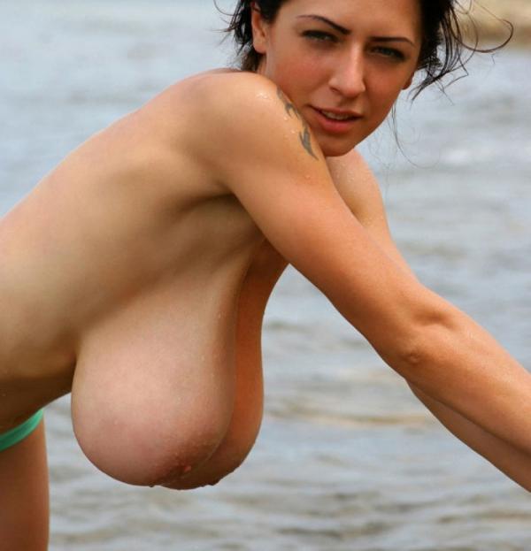 ヌーディストビーチのエロ画像-10