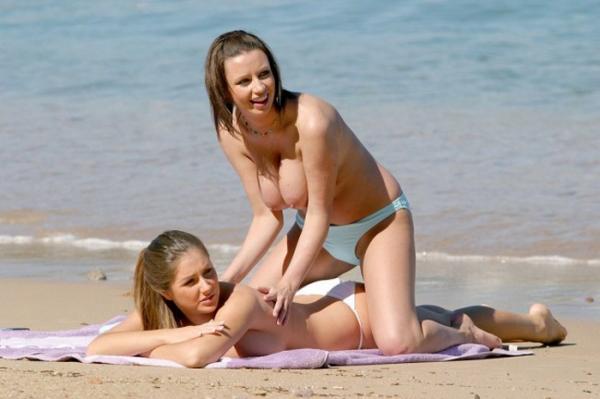 ヌーディストビーチのエロ画像-19