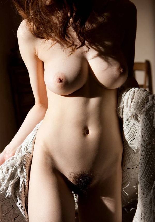 爆乳の乳輪画像-27