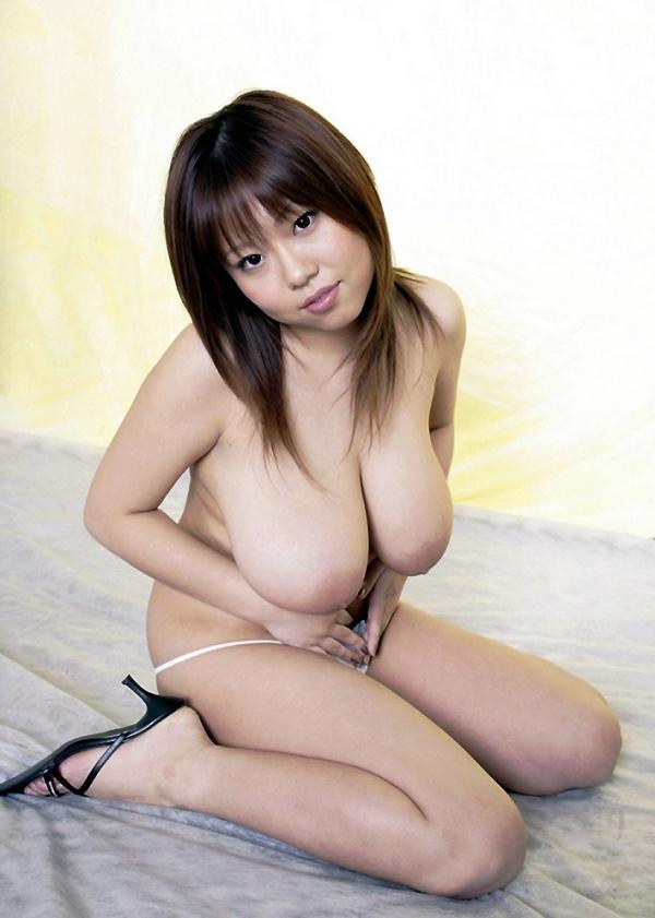 爆乳の乳輪画像-44