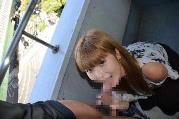 屋外フェラの画像-32