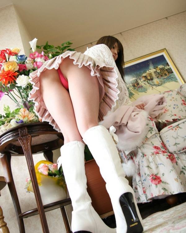 OL太腿のエロ画像-18
