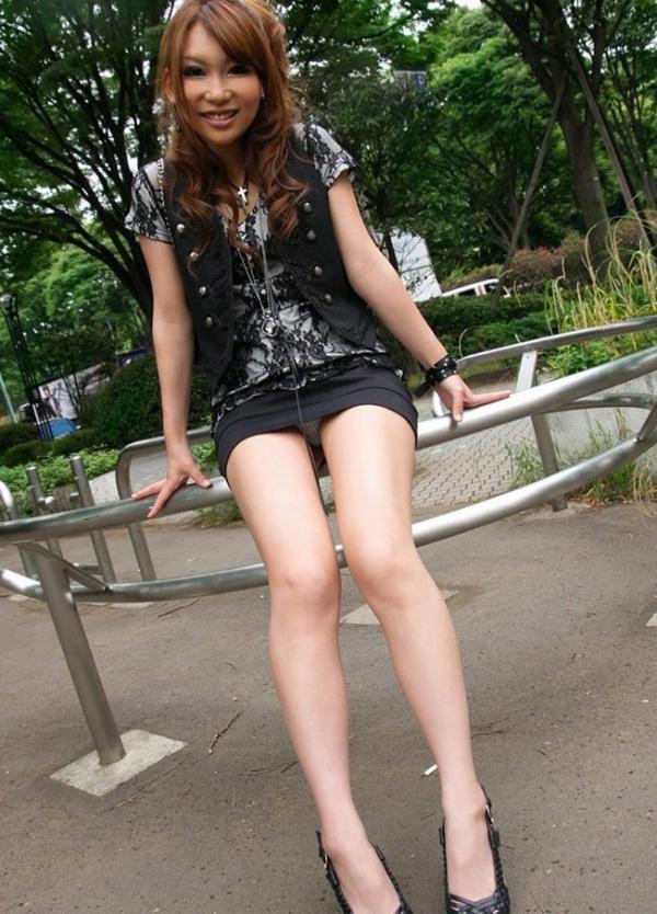 OL太腿のエロ画像-21